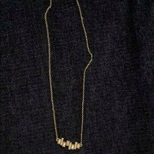Banana Republic: Gold necklace